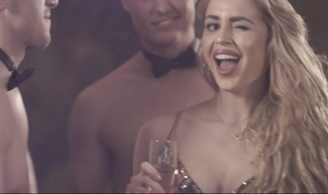 Ny musikvideo: Golddigger At Work